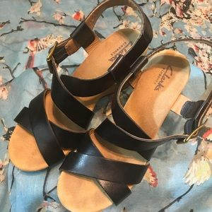 Clark's leather black strappy wedges